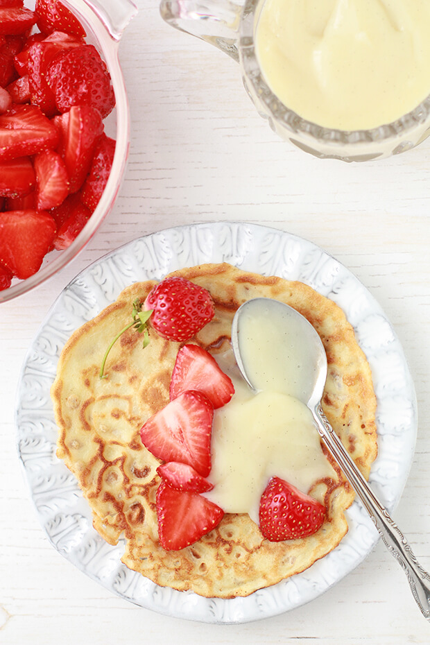 Crepes with strawberries and pastry cream with vanilla bean