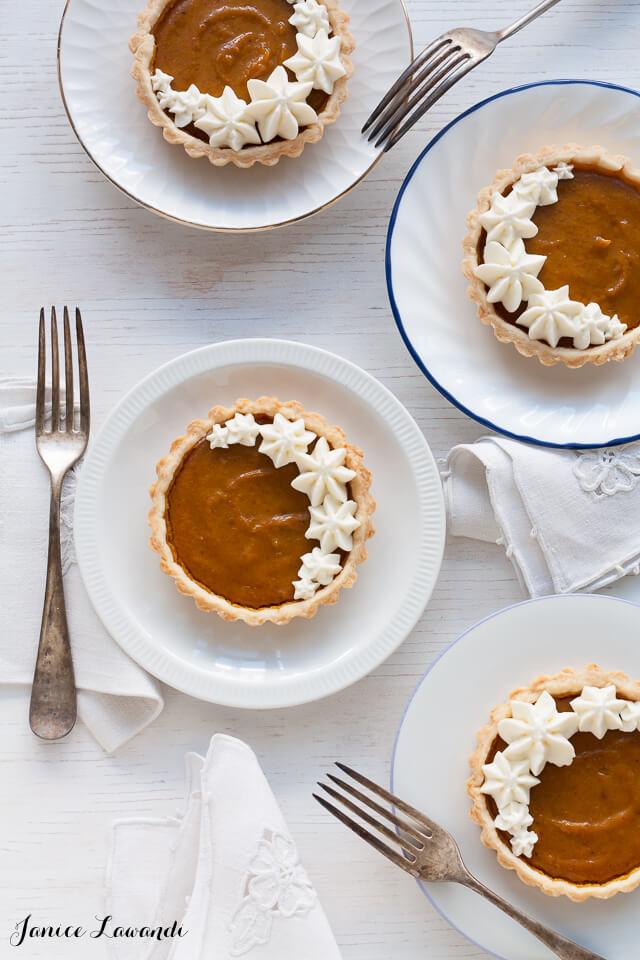 Little pumpkin tarts