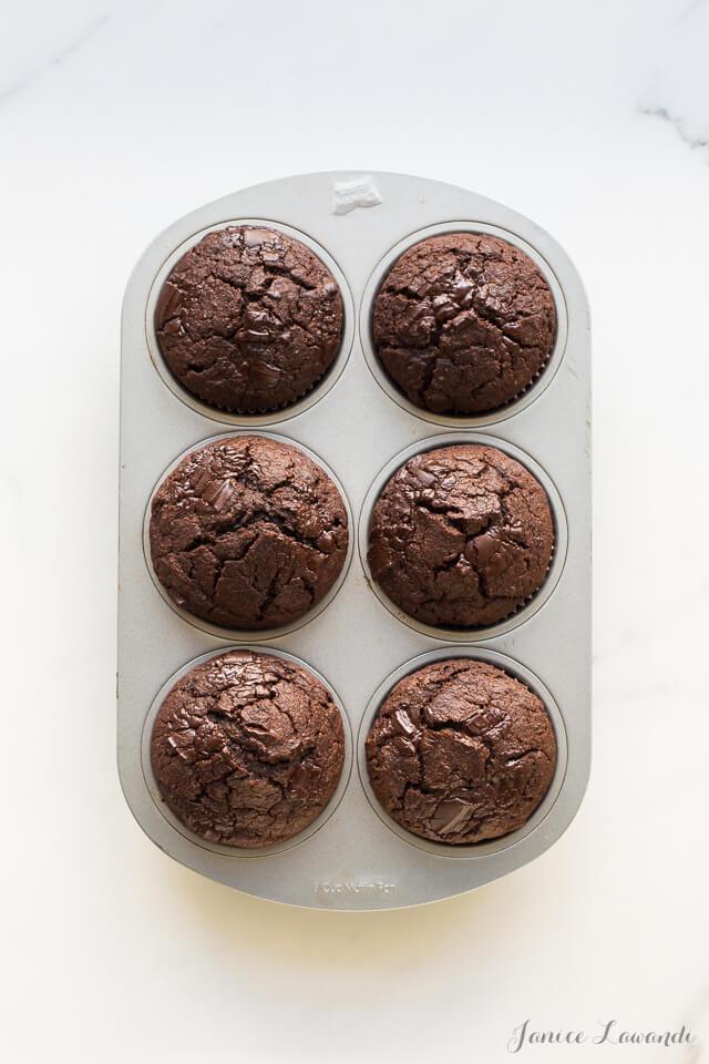 Dark chocolate banana rye muffins