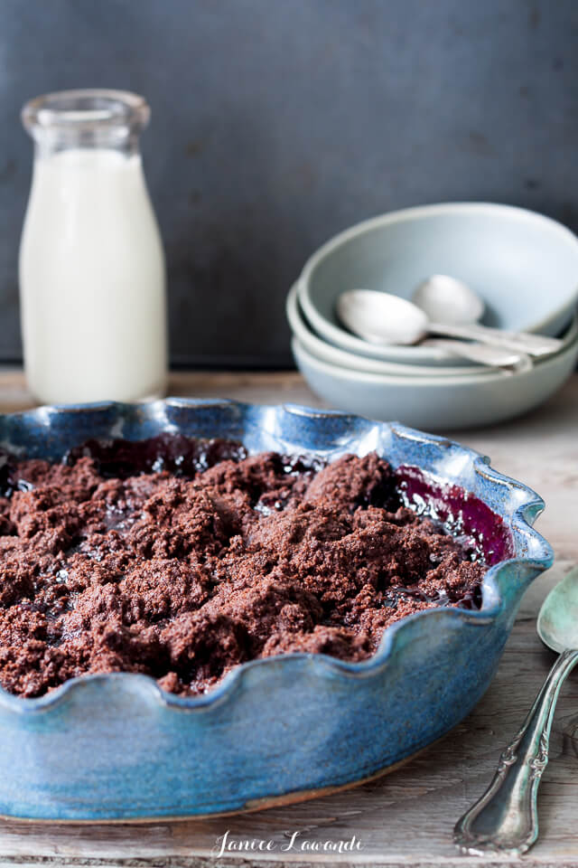 Bing cherry chocolate crumble