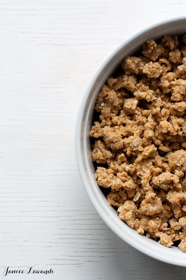 Peanut butter crumble topping