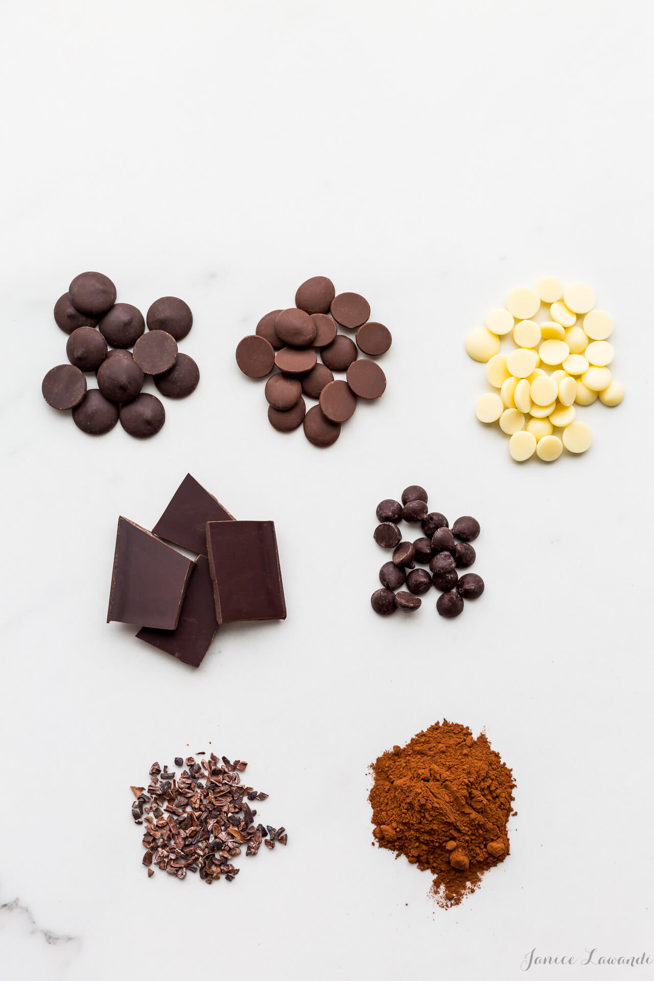 The different types of chocolate that you can use for baking, dark chocolate, milk chocolate, white chocolate, chocolate bars, chocolate chips, cocoa nibs, and cocoa powder